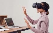 7 Amazing Ways Enterprises Use VR Apps For Remote Team Collaboration
