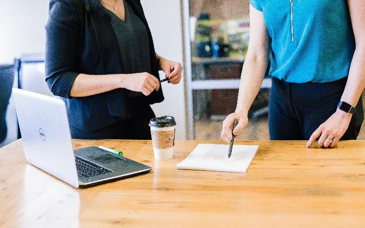 Choosing a Custom Software Development Company That Delivers: 11 Key...