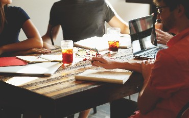 Tips for Effective Collaboration While Working on Multiple Products
